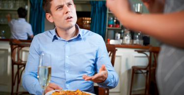 reclamações de clientes em restaurante